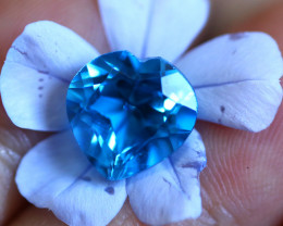 4.86 CTS   ELECTRIC BLUE TOPAZ  STUNNING  [GERMANY TREATED][S-SAFE207]