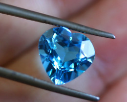 4.62 CTS   ELECTRIC BLUE TOPAZ  STUNNING  [GERMANY TREATED][S-SAFE208]