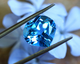 8.70 CTS ELECTRIC BLUE TOPAZ  STUNNING  [GERMANY TREATED][S-SAFE237]