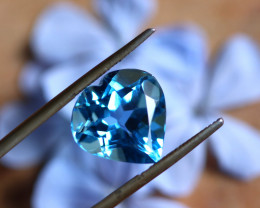 8.32 CTS ELECTRIC BLUE TOPAZ  STUNNING  [GERMANY TREATED][S-SAFE238]