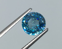 2.24 Carat VS Zircon Caribbean Blue - Exquisite Flash Quality !