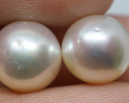 12.30CT PEARL PAIRS GREAT FOR EARINGS PL26