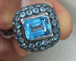 (B2)  Nat 4.0ct. Blue Topaz Ring Platinum Plated