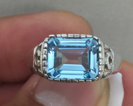 (B7) Brilliant Nat 3.75ct. Blue Topaz Ring