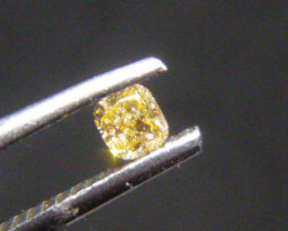 0.17ct  Fancy Light Yellow Diamond , 100% Natural Untreated
