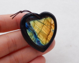 53Cts Labradorite ,Black Agate Intarsia Heart Pendant Bead P0092