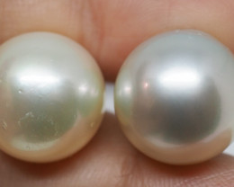 40.05CT PEARL PAIRS GREAT FOR EARINGS PL42