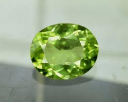 3.40 ^ Carats  Natural Olivine Green Natural Peridot Gemstone