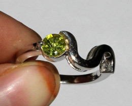 Natural Faceted Peridot 925 Sterling Silver Ring Size ( 7 US) 19