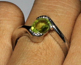 Natural Faceted Peridot 925 Sterling Silver Ring Size ( 7 US) 25
