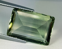 9.09 ct  Stunning Emerald Cut Natural Mint Green Amethyst