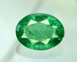 NR Auction - 2.00 Carats Oval Cut Natural Zambian Emerald Gemstone