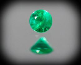 Green Emerald  0.09 ct Zambia GPC Lab