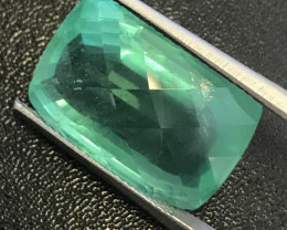 20.55 Carats Natural Emerald, Amazing Piece.