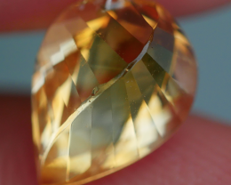 2.25 CRT BEAUTY YELLOW CITRINE SWISTER CARVING-