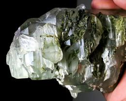 Quartz have inside Epidote