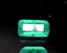 No Reserve ^ 0.90 Carats Natural Emerald Gemstone