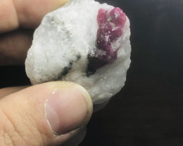 RUBY BURMA SPECIMEN RARE GREAT COLOR AND LOTS OF RUBY AND BEAUTIFUL (902)