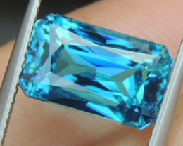 10.18cts, Blue Zircon,  Top Color
