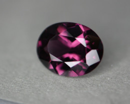 2.21 cts certified Sri Lankan spinel.