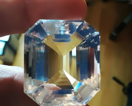 201.35 cts WORLD'S BEST PETALITE - MUSEUM QUALITY - BRAZILIAN VVS