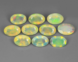 2.60 CTS MEXICAN OPAL! NATURAL OVAL CUT EXCELLENT PLAY OF COLORS ! AAA