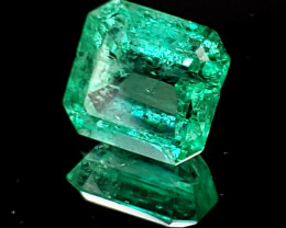 1.57ct Emerald w/great color