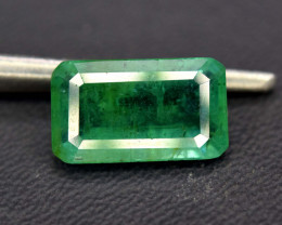 2.40 cts natural Emerald Gemstone