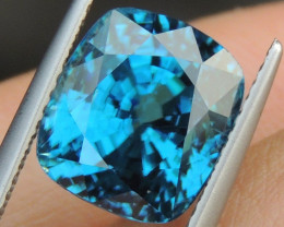 10.79cts, Blue Zircon,  Top Color