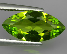 3.75 Cts.Magnificient Top Sparkling Intense Green Peridot