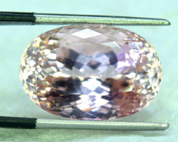 NR 21.85 cts Peach Pink Color Kunzite Gemstone