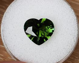 5,68ct Green Tourmaline - Designer heart cut!