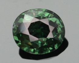 Green/Yellow Garnet Dramatic Full Color Change SKU-9