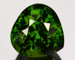 3.66 Cts Natural Sparkling Green Zircon Heart mix Pear Cut Srilanka