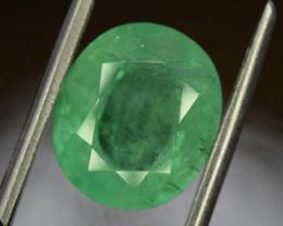 4.35 ^ Carats Oval Cut Colombian Emerald Gemstone