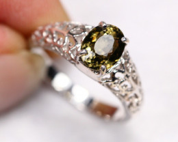 3.08g Natural Green Olive Tourmaline 925 Sterling Silver Ring E0414