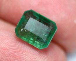 4.03Ct Natural Vivid Green Zambian Emerald B0401