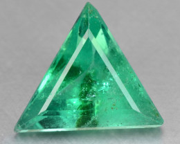 1.49 Cts NATURAL EARTH MINED GREEN COLOR COLOMBIAN EMERALD LOOSE GEMSTONE