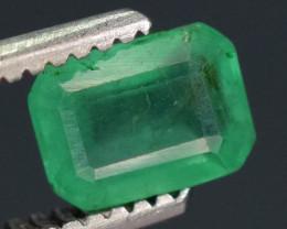 0.50 carats Natural green  color Emerald gemstone