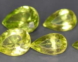 13.10 carats Pear shaped Peridots gemstones No reserve