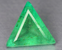 Emerald Loose Gemstones0.92 Cts NATURAL EARTH MINED GREEN COLOR COLOMBIAN E