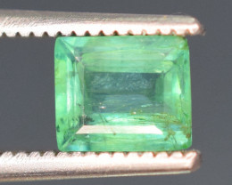 0.70 carats Natural green color Emerald gemstone