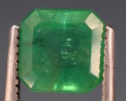 1.45 carats Natural green color Emerald gemstone