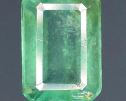 0.70 carats Naturalgreen  color Emerald gemstone