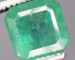 1.45 carats Natural green color Emerald gemstone