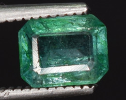 0.80 caratsNatural green color Emerald gemstone