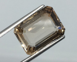 6.57 Carat VVS Topaz Champagne Polish and Cut Excellent Quality !