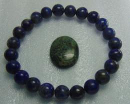 Beautiful beacelet  blue lapiz  beads stones 105.00 cts