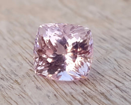 4.40 Ct Natural Light Pinkish Transparent Kunzite Gemstone