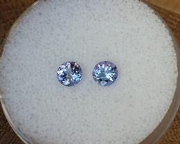 0,86ct Tanzanite pair - Good colour!